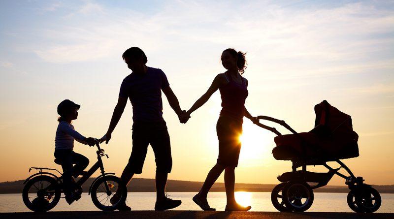 Få tilskud til pasning af eget barn
